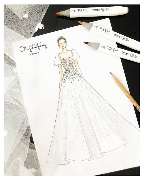 Mẫu váy cưới vẫn nằm trên giấy.