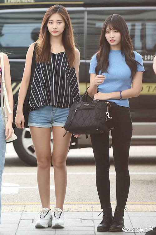 Na Yeon mặc quần rách vô duyên, Jennie gây sốc vì đồ hàng hiệu