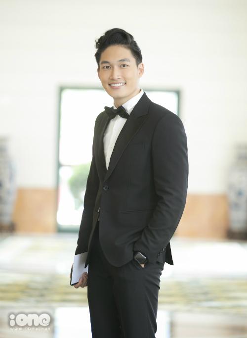Đình Tú được xem là một trong những diễn viên trẻ tiềm năng của điện ảnh Việt ở hiện tại.