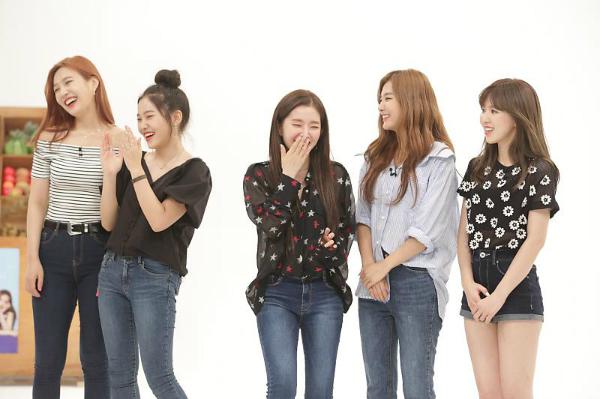 Các thành viên Red Velvet ghen tỵ vì Yeri nói bất cứ điều gì mà không sợ ai.