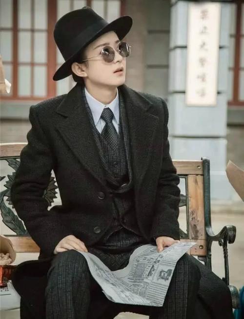 Vẻ ngoài xinh đẹp khó giấu của các nam tử hán phim cổ trang Trung Quốc - 4