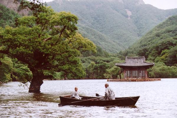 Top 5 phim khiến khán giả chìm đắm trong sự cô đơn cùng cực của con người - 2