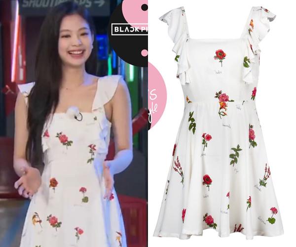 Thiết kế hoa đính bèo ở tay giúp Jennie thêm phần nữ tính, ngọt ngào. Giá của chiếc váy đến từ thương hiệu Guka là khoảng 1,9 triệu đồng.