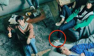 Những bức ảnh photoshop 'sai quá sai' của idol Hàn chọc cười fan