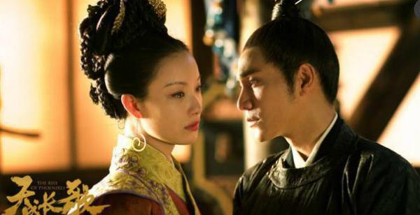 Hai diễn viên chính Trần Khôn và Nghê Ni có diễn xuất tốt, gương mặt đậm chất điện ảnh nhưng không đủ sức hút với khán giả truyền hình.