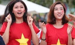 Mỹ Linh - Thanh Tú tự hào về Olympic Việt Nam dù thua cuộc