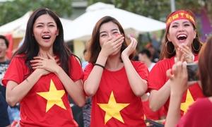Thanh Tú bật khóc, Mỹ Linh - Diễm Trang nhảy cẫng sung sướng vì Minh Vương