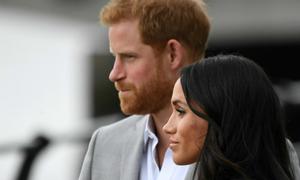 Sau những ngày hạnh phúc, vợ chồng Hoàng tử Harry bắt đầu cãi vã?