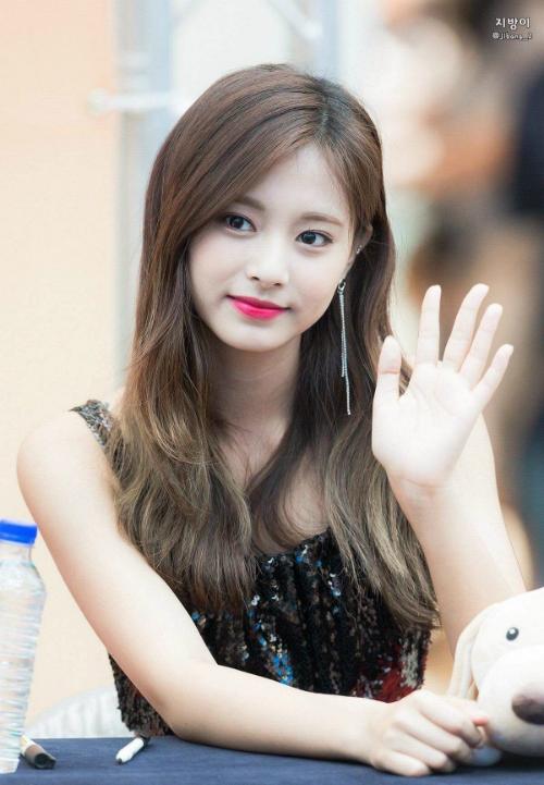 Irene - Tzuyu - Jennie: Ai là gương mặt quảng cáo đắt show nhất xứ Hàn?