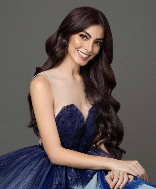 Trên trang chủ của Missosology, đại diện của Ecuador được những khán giả ngợi khen nổi bật, rất xinh đẹp... Trước khi đăng quang, Virginia Limongi từng là người mẫu nổi tiếng. Cô cũng từng có kinh nghiệm chinh chiến sắc đẹp dạn dày khi từng đăng quang Miss Ecuador World và đại diện nước nhà tham dự Hoa hậu Thế giới 2014. Nữ người mẫu sinh năm 1994 xếp hạng 4 mỹ nhân có thể làm nên chuyện tại Miss Universe năm nay do Missosology bình chọn.
