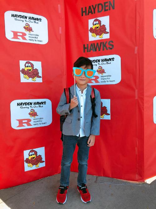Bé Jacky Minh Trí ngày đầu đi học.