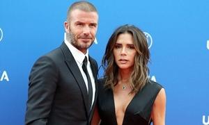Victoria nhận 'gạch đá' vì mặt mũi bí xị khi đi cạnh Beckham