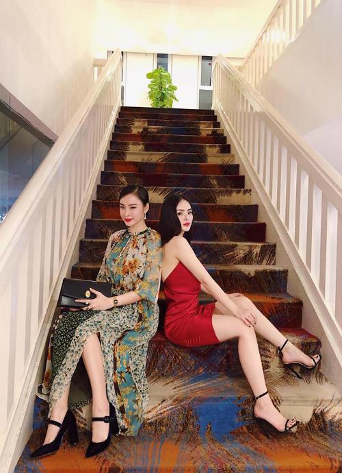 Có lẽ nào, Angela Phương Trinh mặc nhầm váy của mẹ?