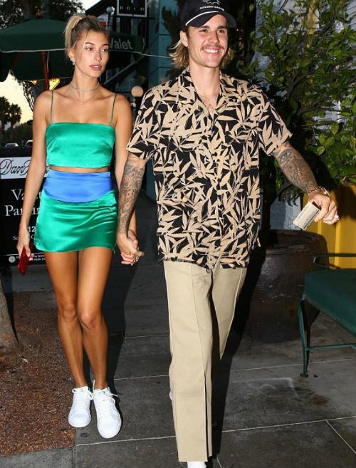Style ông chú thập niên 90 của Justin Bieber - 7