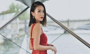 Quỳnh Anh Shyn sang chảnh hút hồn tại show thời trang ở Paris