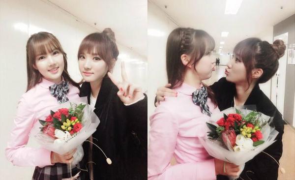 Đứng chung một khung hình, Ye Rin của nhóm G-Friend (trái) và Min Hee (cựu thành viên Stellar) khiến fan bối rối không biết ai là ai.