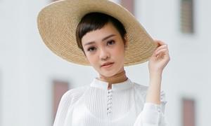 Chân ướt chân ráo rời Giọng hát Việt, trò cưng Tóc Tiên tung sản phẩm debut