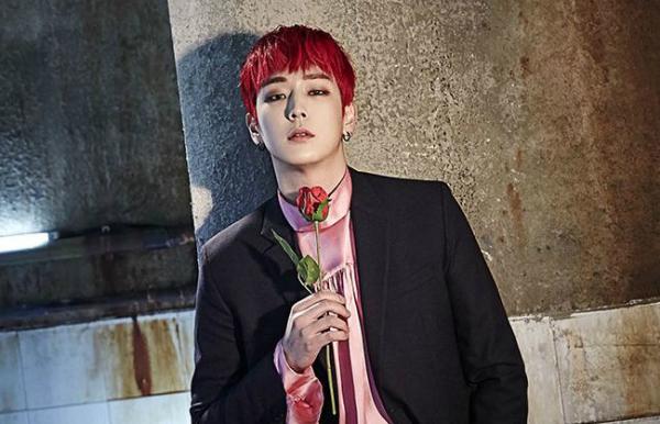 Him Chan sinh năm 1990.