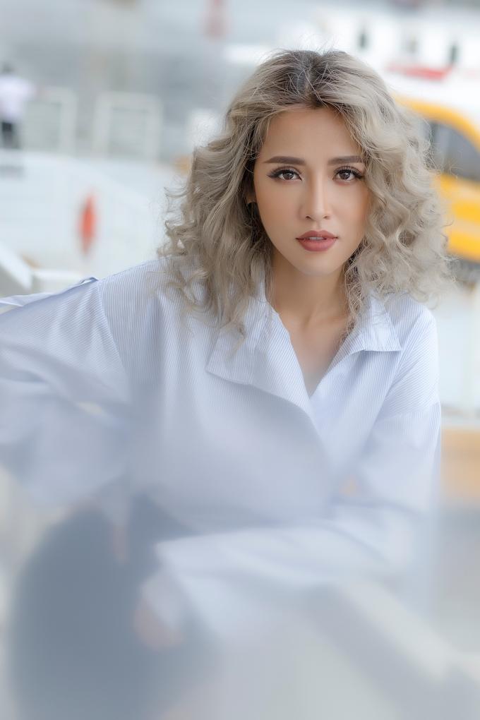 <p> Sự thay đổi này giúp cô có nhiều cơ hội hơn trong nghề, mang đến những vai diễn mới lạ, đa dạng.</p>