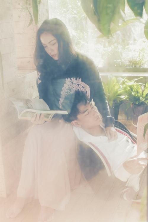 Hà Trúc trong MV mới nhất của Isaac.