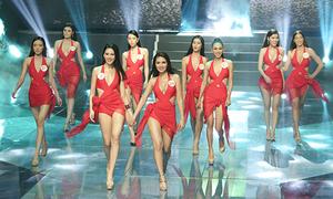 Siêu mẫu Việt Nam khiến khán giả tưởng lầm đang xem... thi hoa hậu
