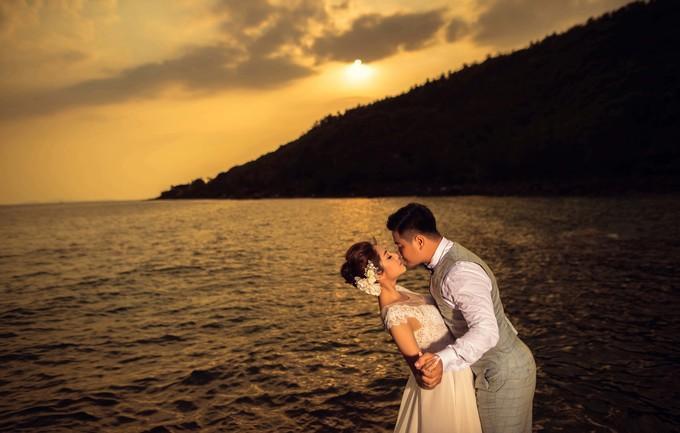 <p> Thu Thảo cho biết chồng sắp cưới cũng có máu nghệ thuật, từng có vai phụ trong một dự án điện ảnh. Cả hai quen biết nhau qua nghệ thuật, dần cảm mến và tình cảm cứ lớn dần theo năm tháng.</p>