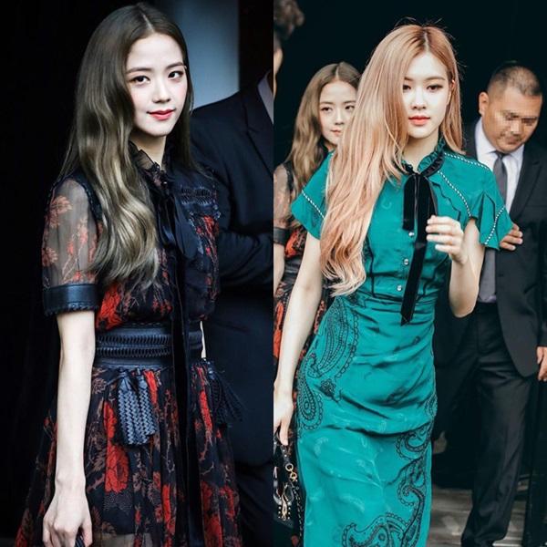 Chiều 11/9 (giờ địa phương), Rosé và Ji Soo tham dự show diễn Spring/Summer 2019 của thương hiệu Coach với tư cách khách mời. Đây là một sự kiện nằm trong khuôn khổ Tuần lễ thời trang New York.