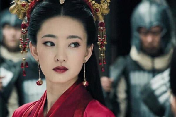 Vương Lệ Khôn được khen ngợi bởi khả năng diễn xuất.