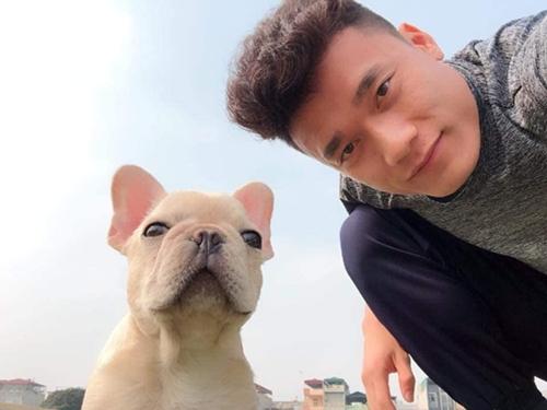 Chú cún được Bùi Tiến Dũng cưng nựng hơn cả người yêu - 2