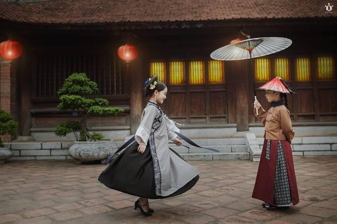 """<p> Hữu Nhật """"cosplay"""" xuất sắc nhân vật Phó Hằng, từ biểu cảm khuôn mặt đến đôi mắt đều khiến fan thích thú.</p>"""