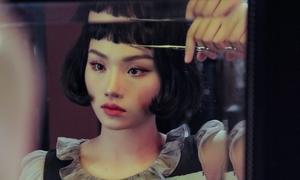 'Bà nội' Miu Lê lột xác sexy, ma mị khi tái xuất Vpop