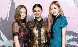 Đứng chung một khung hình, Rosé và Ji Soo khiến Selena hoàn toàn lép vế