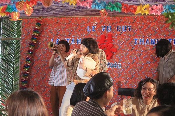 Đám cưới quê trong MV mới của Kay Trần.
