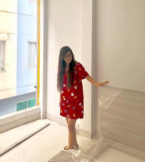 Hoàng Yến Chibi tiết lộ sắp mở một tiệm giặt là do chính cô nàng làm bà chủ.