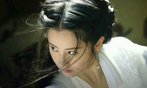 'Tiểu Long Nữ' phiên bản mới bị chê bắt chước Lưu Diệc Phi