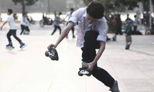 Giới trẻ Việt xuất hiện trong video giới thiệu môn thể thao đường phố freeline skate