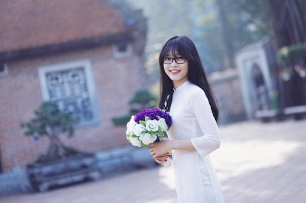 Đọ vẻ thiên thần áo trắng của top 3 Hoa hậu Việt Nam 2018 - 7