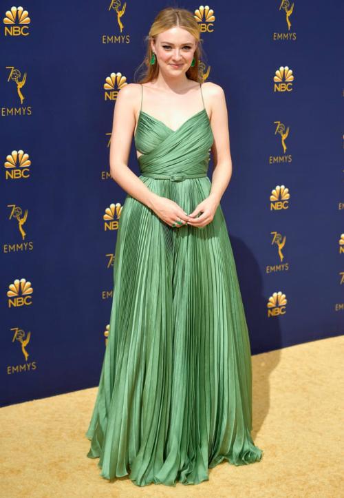 Vẻ đẹp dịu dàng của nữ diễn viên The Alienist,Dakota Fanning.