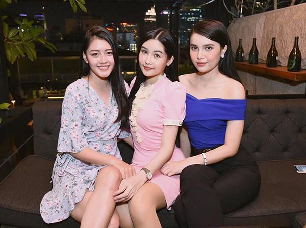 Bộ ba Hoa hậu Đại dướng 2017 đã lâu mới có dịp hội ngộ.