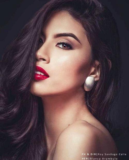 EcuadorỞ đất nước Mỹ Latin, Blanca được xem là nữ hoàng sắc đẹp. Trước khi Miss Grand International khởi tranh, cô được nhiều chuyên trang dự đoán có thể vàotop 5 chung cuộc. Sở hữu body bốc lửa cùng chiều cao 1,84m, thân hình của Blanca được đánh giá mẫu mực, phù hợp với tiêu chí của các sân chơi nhan sắc quốc tế.