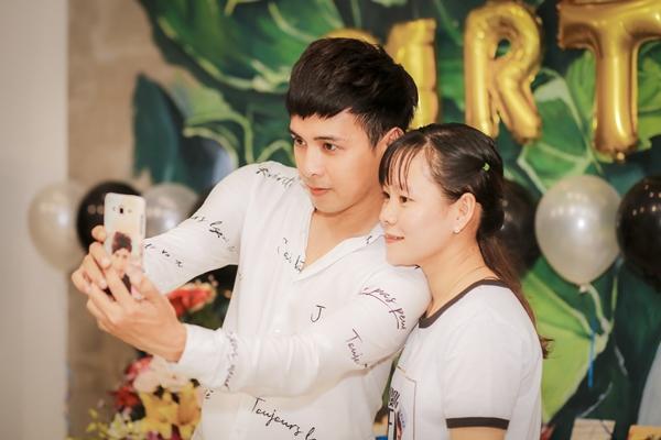 Sinh nhật lần này Hồ Quang Hiếu giới thiệu với fan về dự án mới sẽ phát hành vào những ngày tới. Anh đã nhá hàng bằng teaser khiến nhiều người mong đợi.