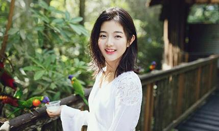 Dàn diễn viên tân binh của JYP có nhan sắc chuẩn idol