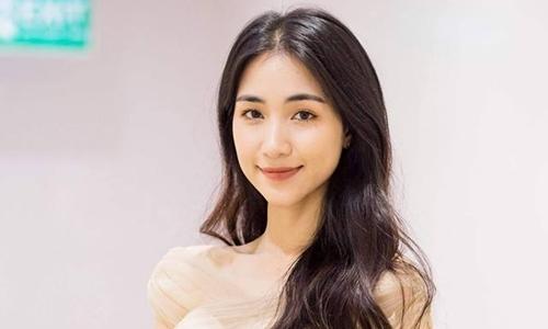 Hòa Minzy: 'Cát-xê đâu phải như hàng tôm cá ngoài chợ mà phá giá'