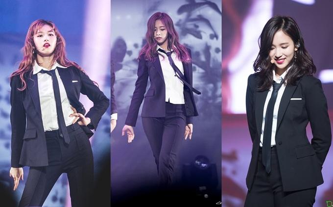 """<p> Các fan Twice vẫn không khỏi thầm mong về ngày thần tượng mình comeback với hình tượng chuẩn """"girl crush"""" như thế này.</p>"""