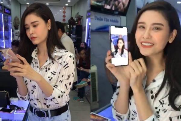 Trương Quỳnh Anhtrực tiếp ra tận cửa hàng để test máy Xs Max 512G.Cô đặc biệt yêu thích ứng dụng chụp ảnh của dòng điện thoại mớinày vì cứ như dùng app.