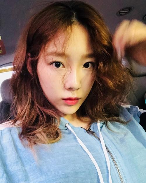 Tae Yeon vẫn xinh đẹp dù trang điểm nhẹ như không.