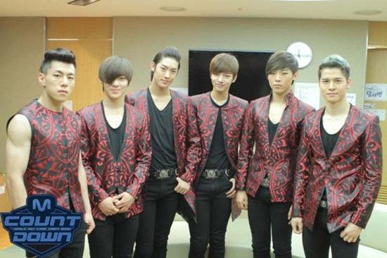 Thánh Kpop mới nhận ra đây là nhóm nhạc nam thế hệ thứ 3 nào? (2) - 3