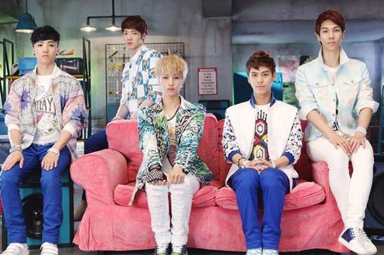 Thánh Kpop mới nhận ra đây là nhóm nhạc nam thế hệ thứ 3 nào? (2) - 4