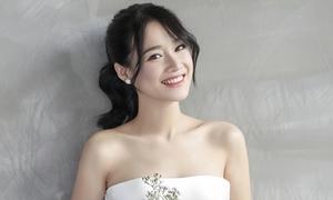 Hậu trường 'biến hình' thành cô dâu xinh đẹp của Nhã Phương
