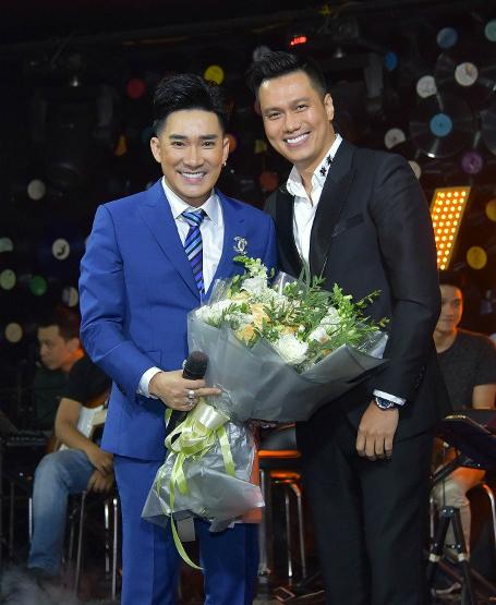Quang Hà cùng diễn viên Việt Anh.